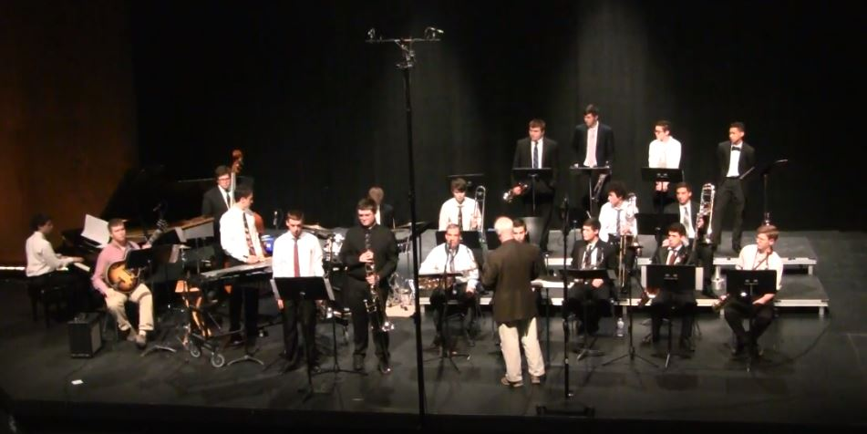 Thatcher Performing in the 2017 Southeastern District Senior District Jazz Band